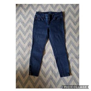 💥3/$36 Ann Taylor loft ankle jeans